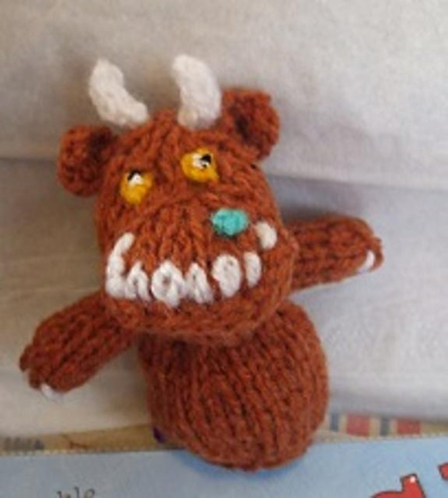 Gruffalo Finger Puppet Knitting pattern by Hennie Knitting Patterns LoveK...