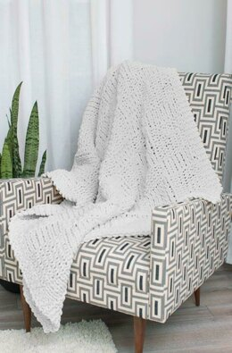Beautiful Basketweave Throw in Red Heart Sweet Home - LM6474 - Downloadable PDF
