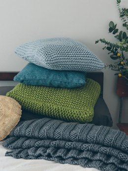 Garter Stitch Cushion