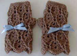 Fingerless Gloves with Cable & Eyelet Design
