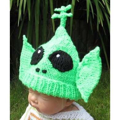Baby Big Ears Alien Beanie Hat Knitting Pattern By Madmonkeyknits