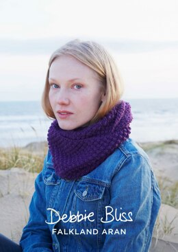 Halle Cowl in Debbie Bliss Falkland Aran - DBS030 - Downloadable PDF