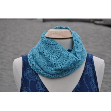 Purls and Seaweed Wrap Scarf