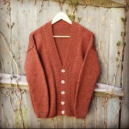 Cardigan in Aran Wool