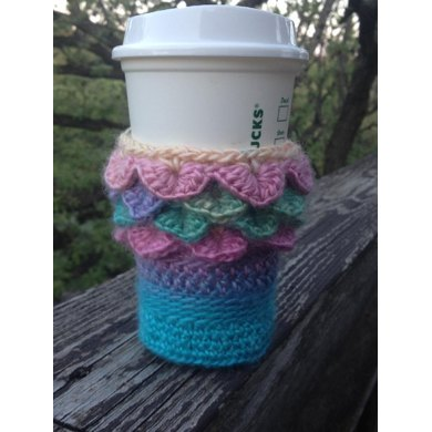 Dragon scale cup cozie