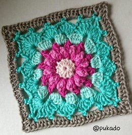 Crochet Mood Blanket 2014 - June Square - by Pukado