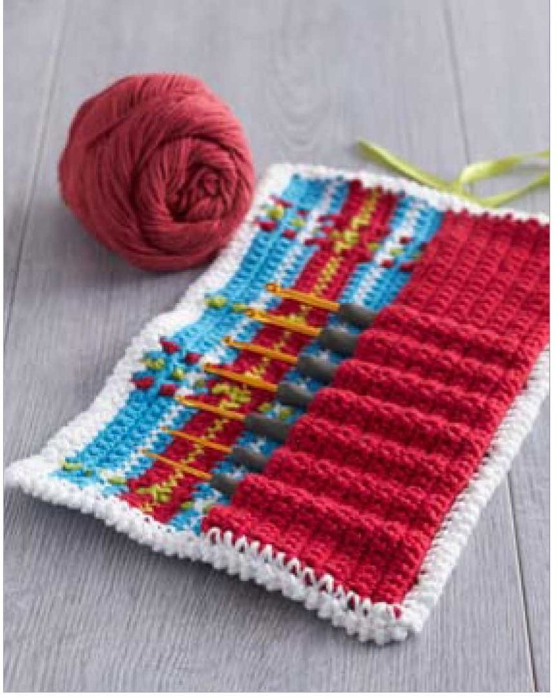 Plaid Y Hook Caddy In Lily Sugar And Cream Solids Crochet Patterns