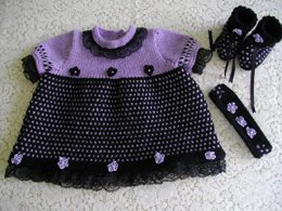 "22. Newborn Girls or 18-20"" Reborn doll Dress Set"