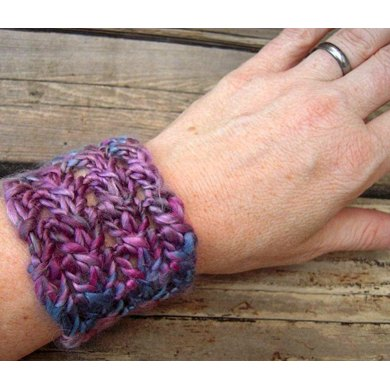 Shimmery Lace Hairband and Wrist Cuffs