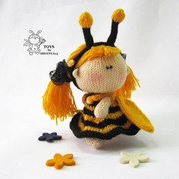 Pebble doll Bee