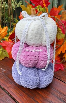 Plush Pumpkin Stack