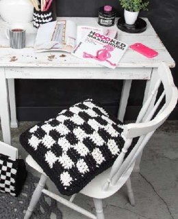 Graphic Cushion in Hoooked RibbonXL - Downloadable PDF