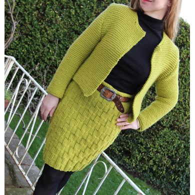 Knitting Pattern Chanel Style Jacket : Chanel Style Suit Knitting pattern by Marianne Henio