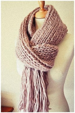Cozy & Plush Ribbed Scarf