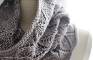 Greyhaven Cowl