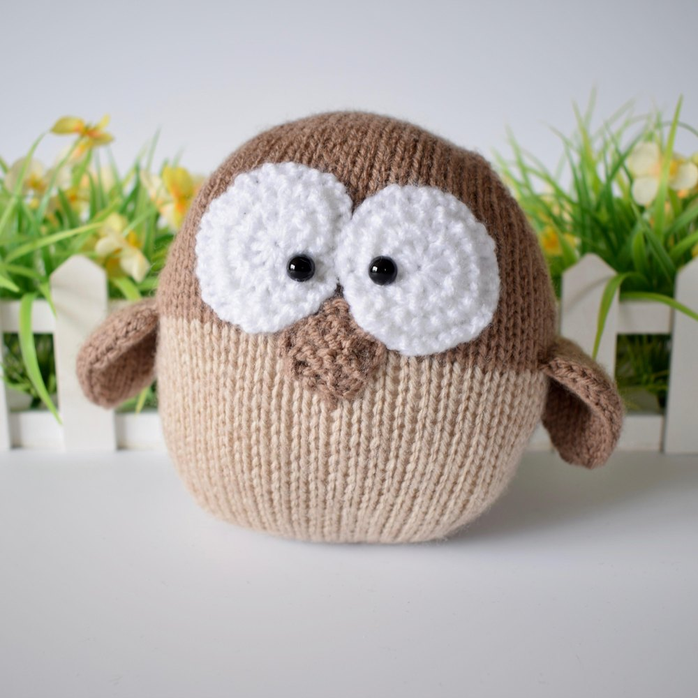 Barney owl knitting pattern by amanda berry knitting patterns zoom bankloansurffo Image collections