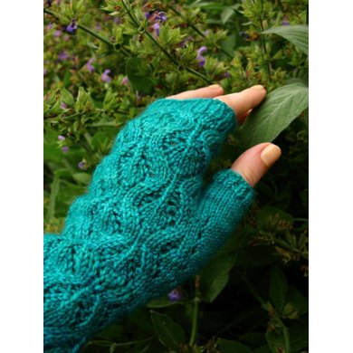 Dewdrop Mitts
