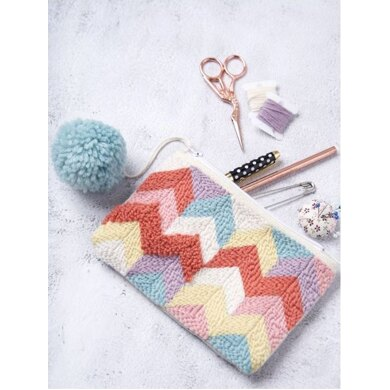 Zigzag Pouch in Anchor Tapisserie Wool - 0022500-00001-04 - Downloadable PDF