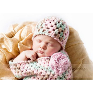 Newborn Bunting and Hat (with optional Flower)