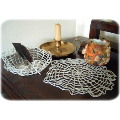 Spider's web doily and bowl