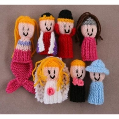 7 Finger Friends finger puppets - dress ups 2 mermaid king queen princess bride groom lady