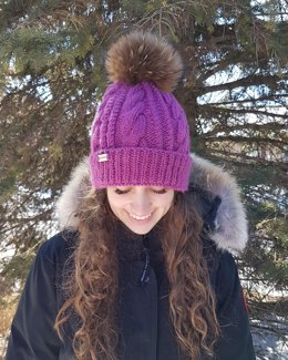 Frosty - Braided Cable Beanie