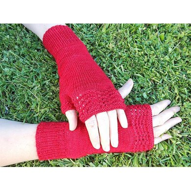 Feathered Mitts