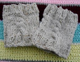 Little Cables Boot Cuff
