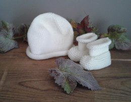 Boreal Baby Bonnet and Booties