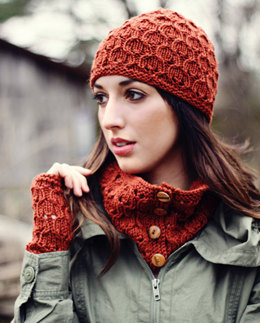 Juliet Hat, Cowl & Mitts in Abbey Collection Merino