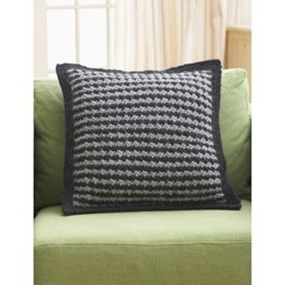 Houndstooth Pillow in Bernat Roving