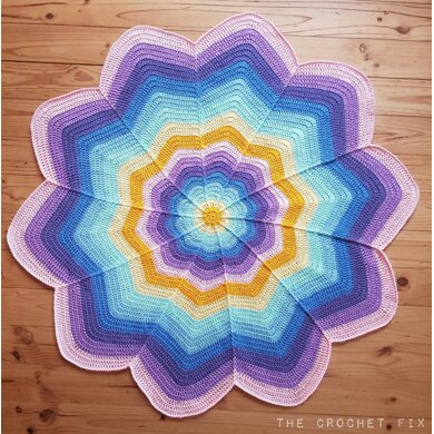 Spoke Flower Blanket