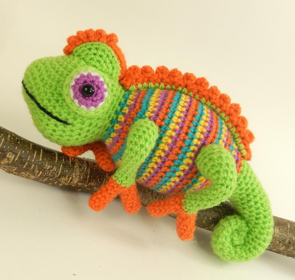 Camelia the Chameleon Crochet pattern by Moji-Moji Design