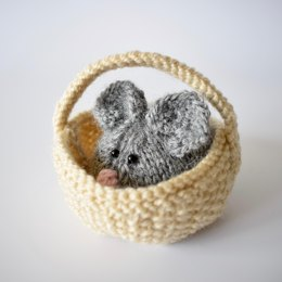 Squeaky Mouse in a Basket