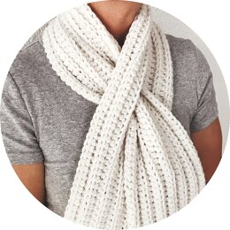 Simple Keyhole Scarf