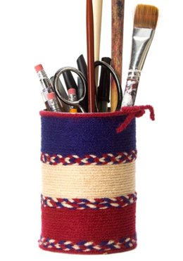 Pencil Can Holder in Red Heart Super Saver Economy Solids - LW2276