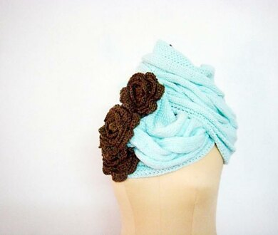 Mint Cabled Cowl with Flowers