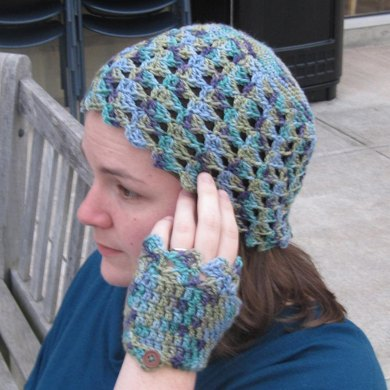 Petali Hat and Fingerless Gloves