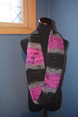 Charismatic Mobius Infinity Scarf