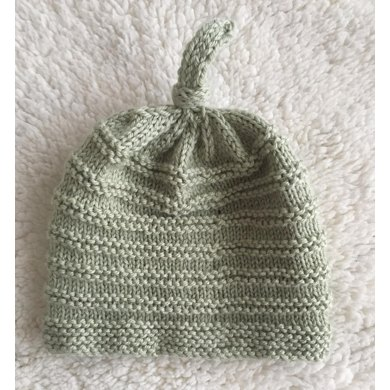 Topknot Baby Hat Knitting pattern by LisaLovesKnitting 14283aace55