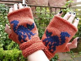 Black Cat Fingerless Mitts (Halloween)