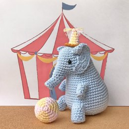 Toco the Circus Elephant Boy amigurumi