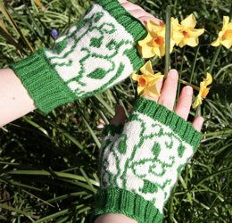 Winding Leaves mitts