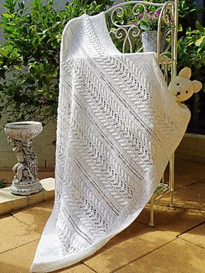 Lace and Cable Baby Blanket - P053