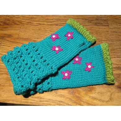 Mabel's Fingerless Mitts