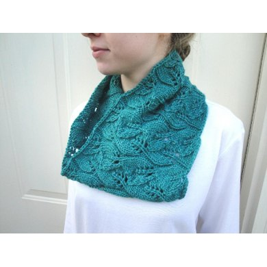 Emerald Leaf Cowl