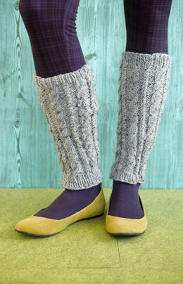 Foyle's Cabled Leg Warmers in Lion Brand Vanna's Choice - 90659AD