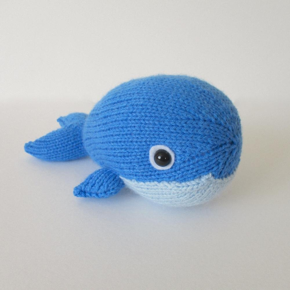 bob the blue whale knitting pattern by amanda berry. Black Bedroom Furniture Sets. Home Design Ideas