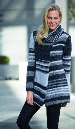 Womens Cardigan and Neckwarmer in Katia City - 3