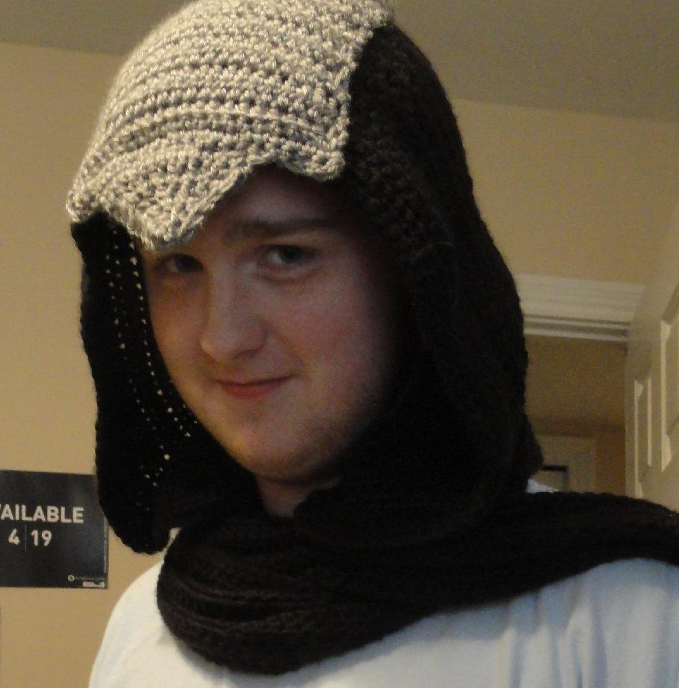 Assassin\'s Creed Hooded Scarf Crochet pattern by Emily Star ...